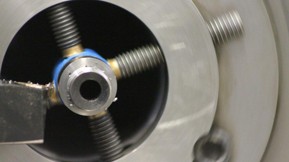 Barrel Threading on Machine